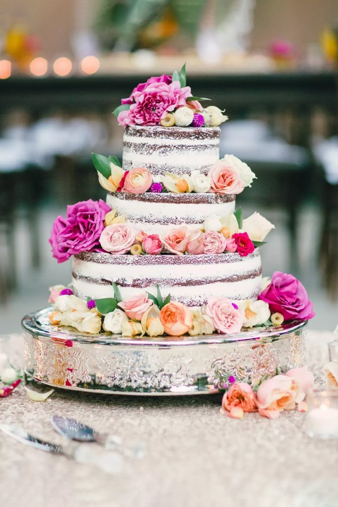 Goli svadbeni torti