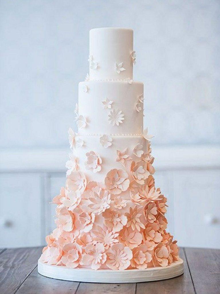 nevestinska torta svetlo rozeva