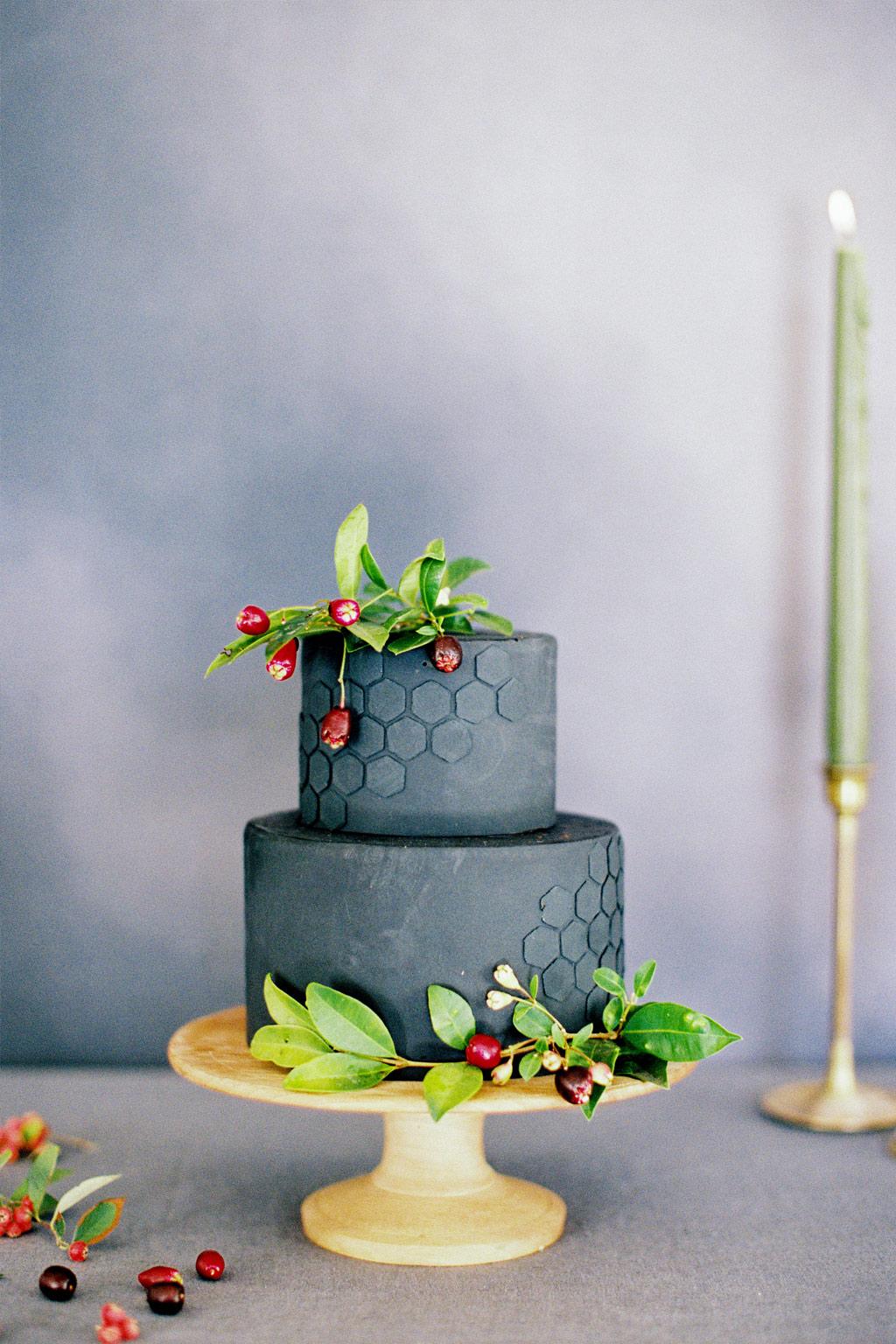 свадбена торта со отпечаток од саќе